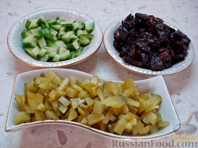 Фото приготовления рецепта: Омлет на молоке, с грибами и куриной печенью (в духовке) - шаг №2