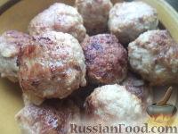 Фото приготовления рецепта: Тефтели в сметанном соусе - шаг №10