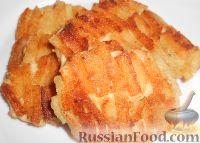 Фото к рецепту: Шницель из курицы в панировке из сухарей