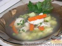 Фото к рецепту: Суп из куриной грудки с зеленым горошком