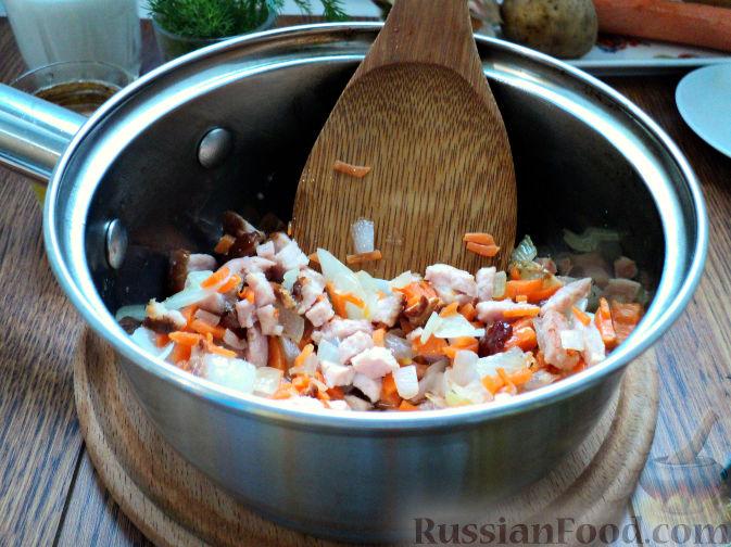 Фото приготовления рецепта: Картофельный суп-пюре - шаг №5