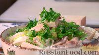 Фото к рецепту: Аппетитный куриный суп с лапшой