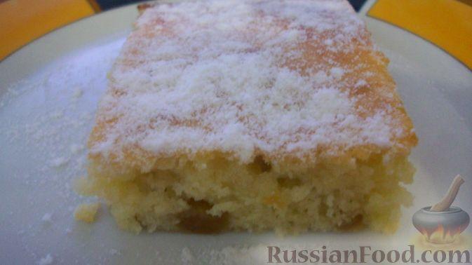 Фото приготовления рецепта: Яблочно-сливовый крамбл с овсяными хлопьями - шаг №13