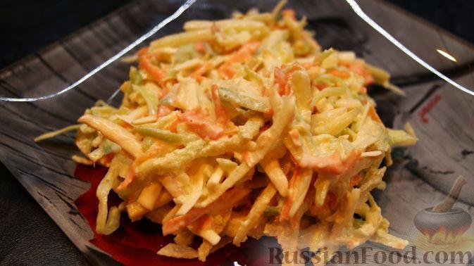 Фото к рецепту: Салат из капусты, редьки, моркови и сыра