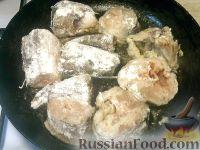 Фото приготовления рецепта: Хек жареный - шаг №5
