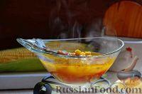 Фото к рецепту: Суп со скумбрией и кукурузой