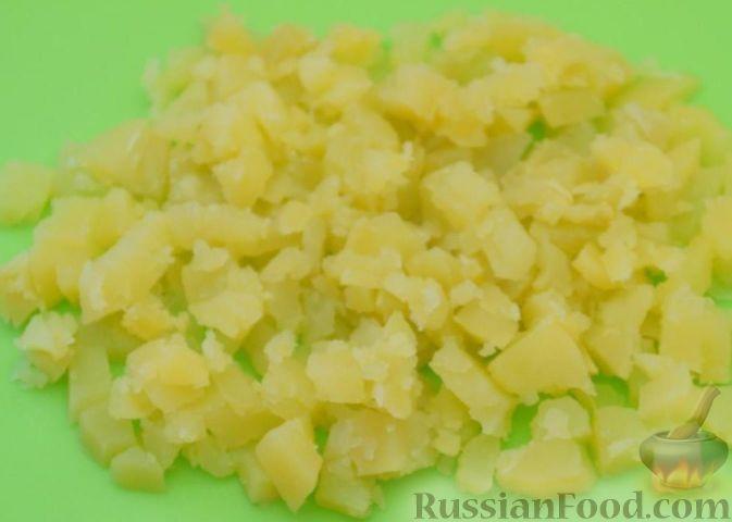 """Фото приготовления рецепта: Вегетарианский оливье """"Любимый"""" - шаг №2"""