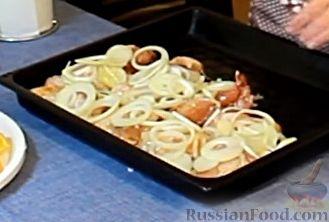 Фото приготовления рецепта: Курица, запеченная с травами и цитрусами - шаг №8