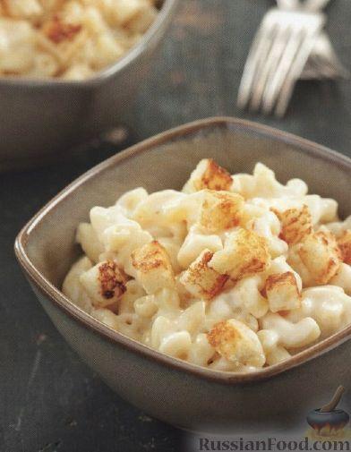 Рецепт Макароны под сырным соусом с крутонами