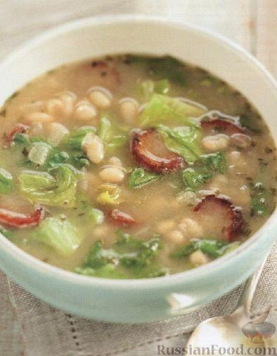 Рецепт Фасолевый суп с колбасой и цикорием