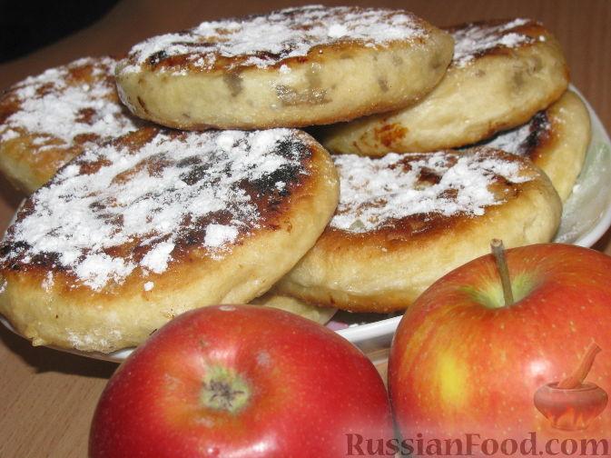 Пирожки с яблоками с корицей жареные