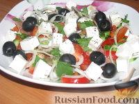 """Фото к рецепту: Салат """"Греческий"""""""