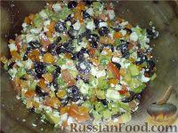 Фото к рецепту: Салат Греческий с авокадо