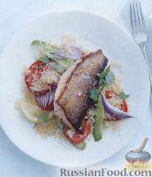 Фото к рецепту: Жареная рыба с салатом из кус-куса