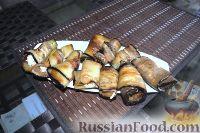 Фото к рецепту: Рулетики из баклажанов и сыра с чесноком