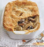 Фото к рецепту: Закрытый пирог с грибами и курятиной