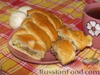 Фото к рецепту: Пирог с грибами и яйцом