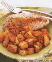Фото к рецепту: Куриное филе, жаренное с тыквой в духовке