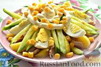 Фото к рецепту: Салат из яиц, с курицей и картофелем