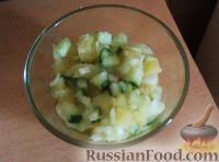 Фото к рецепту: Тёплый салат из картофеля и свежих огурцов