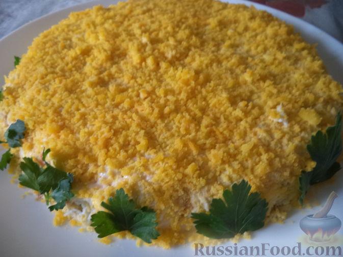 салат грибной с шампиньонами и курицей слоеный рецепт