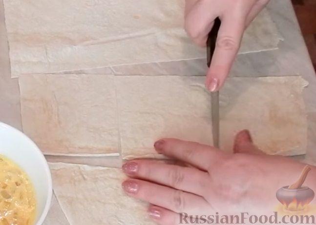 Фото приготовления рецепта: Куриные потрошки с яйцом и луком - шаг №1