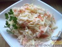 Фото к рецепту: Салат «Зимний» из капусты и редьки