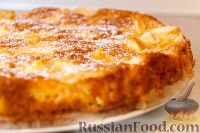 """Фото к рецепту: Яблочный пирог """"Невесомость"""""""