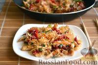 Фото приготовления рецепта: Фунчоза с курицей и овощами - шаг №13