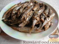 Фото к рецепту: Мойва, запеченная с чаем