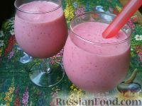 Фото к рецепту: Молочный коктейль с клубникой