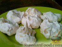 Фото к рецепту: Безе с кокосовой стружкой