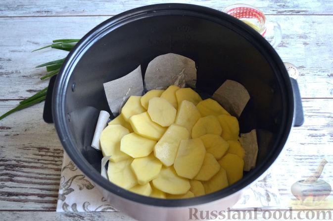 Запеканка из курицы и картошки в мультиварке