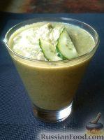 Фото к рецепту: Смузи из огурцов и яблок