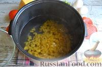 Фото приготовления рецепта: Запеканка из макарон (в мультиварке) - шаг №2