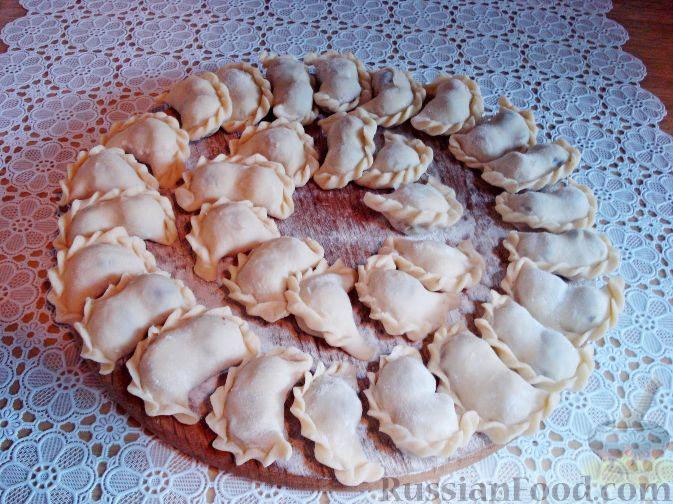 Фото приготовления рецепта: Вареники с черешней (на заварном тесте) - шаг №11
