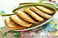 Фото к рецепту: Оладьи из ревеня