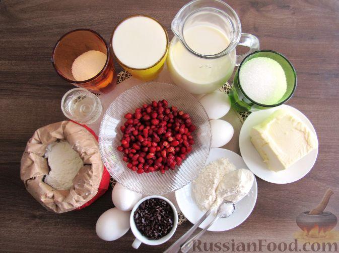 Фото приготовления рецепта: Вафли с земляникой - шаг №1