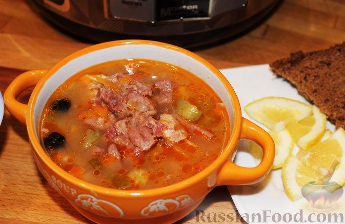 Фото к рецепту: Мясная солянка с почками (в мультиварке)