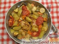 Фото приготовления рецепта: Курица с овощами - шаг №6