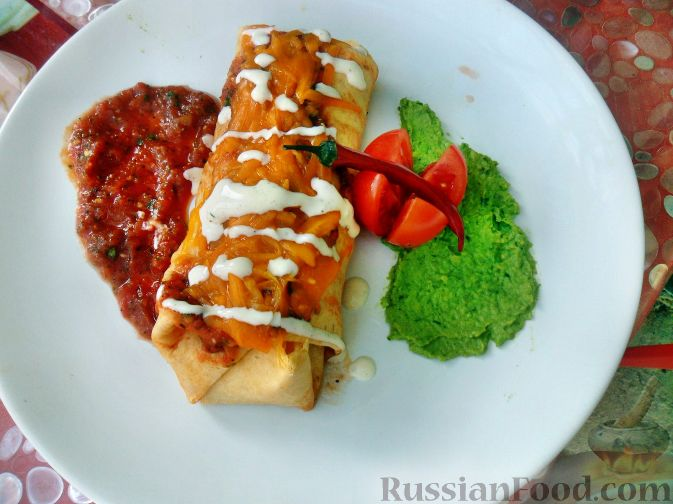 Мексиканский фастфуд жареное тесто с сахаром