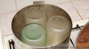 Как стерилизовать банки в кастрюле с водой