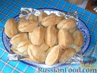 """Фото к рецепту: Пирожки из быстрого дрожжевого теста """"Бегунок"""""""