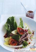 Фото к рецепту: Салат с утиным мясом, инжиром, цикорием, гранатом и зеленью