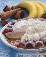 Фото к рецепту: Торт из мороженого и фруктов