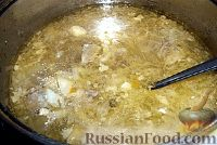 Фото приготовления рецепта: Кислые щи из квашеной капусты - шаг №4
