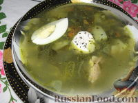 Фото к рецепту: Зеленые щи со щавелем и шпинатом