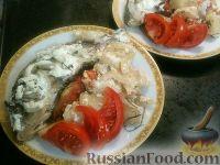 Фото к рецепту: Фаршированные караси в сметане с картофелем