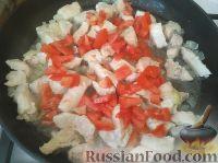 Фото приготовления рецепта: Куриное филе с томатом и медом - шаг №3