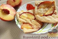 Фото к рецепту: Пирог на пивном тесте, со свежим нектарином